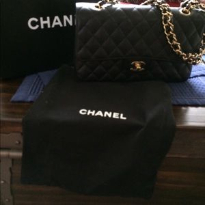 Authentic Chanel Double Flap Classic, Caviar
